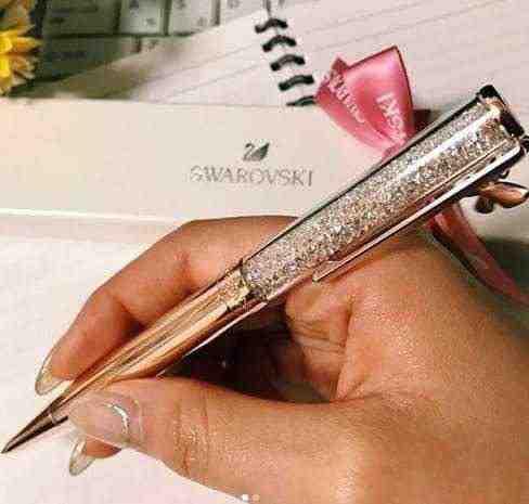女友達の誕生日プレゼント スワロフスキーのボールペン2