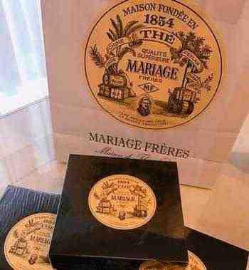 女友達の誕生日プレゼント マリアージュフレールの紅茶 箱と紙袋
