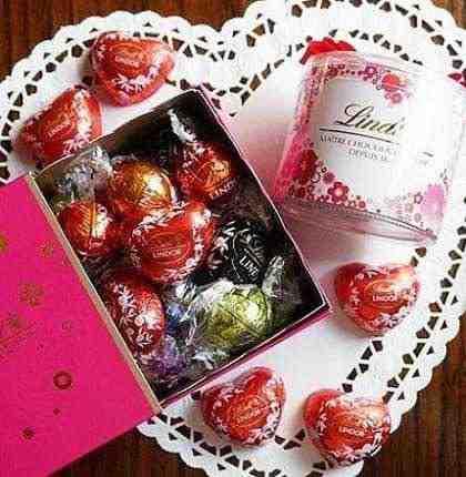 女友達の誕生日プレゼント リンツのチョコ ハート型